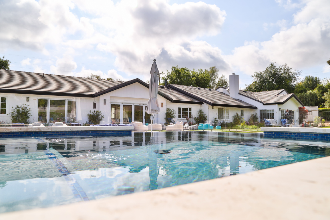 Clearflo Pools renovates tired pools.